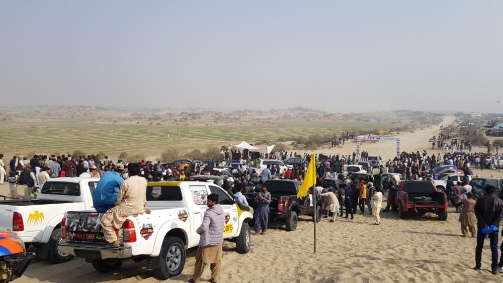 The Cholistan Jeep Rally 2012 Report: IJC Rally Team Concordia and Team Saidhi - filephp?id9882